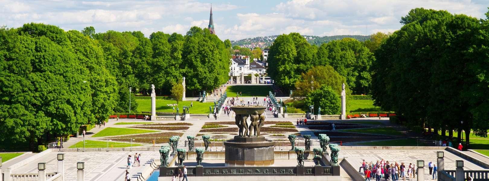 Blick über den Vigeland Skulpturenpark bzw. Vigilant in Oslo