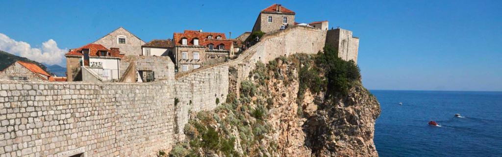 Bau am Ende des 8. Jahrhunderts – Steine, die Geschichten erzählen können: die Stadtmauer von Dubrovnik