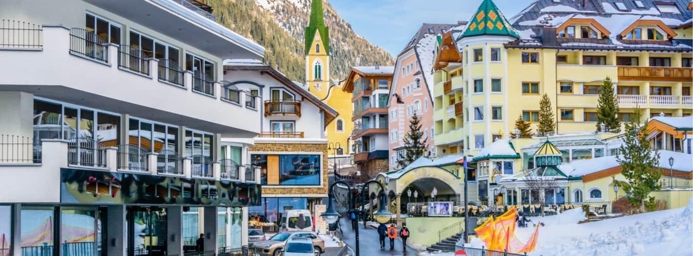Blick in den Ortskern von Ischgl - Österreich Sehenswürdigkeiten