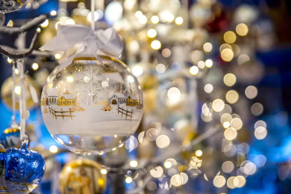Im Westen Deutschlands gibt es zahlreiche Weihnachtsmärkte auf Burgen und Schlössern
